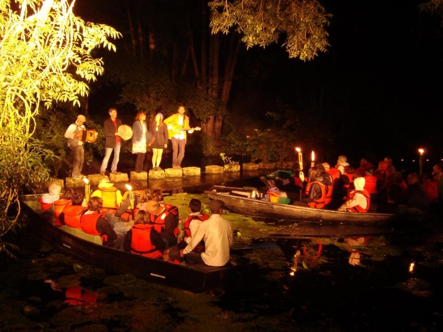 Balade contée en barque - Les Estivales de la Rivière - St georges de Montaigu - Vendée 85